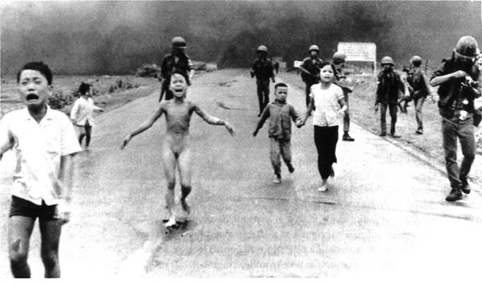 Photo of Vietnamese children running away from napalm